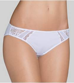 AMOURETTE SPOTLIGHT Tai brief